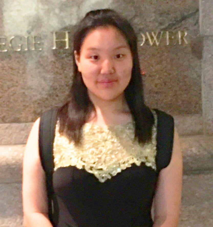 Sally Han, violin