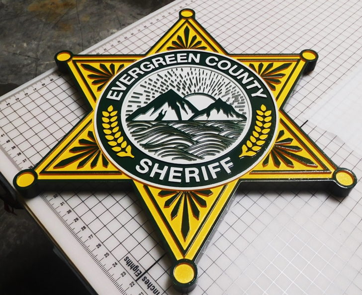 PP-1695 - Carved Plaque of the Star Badge of the Sheriff's Office, Evergreen County, Artist-Painted