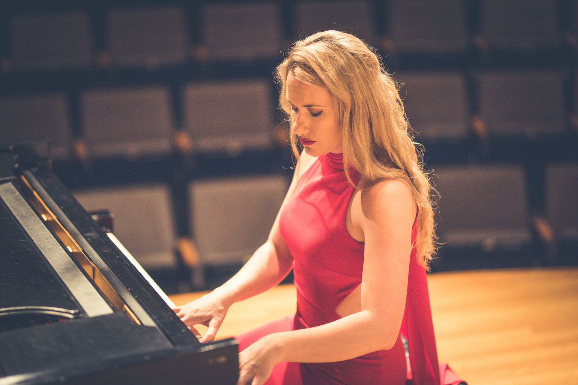 The Romantic Piano: Poetry of Chopin
