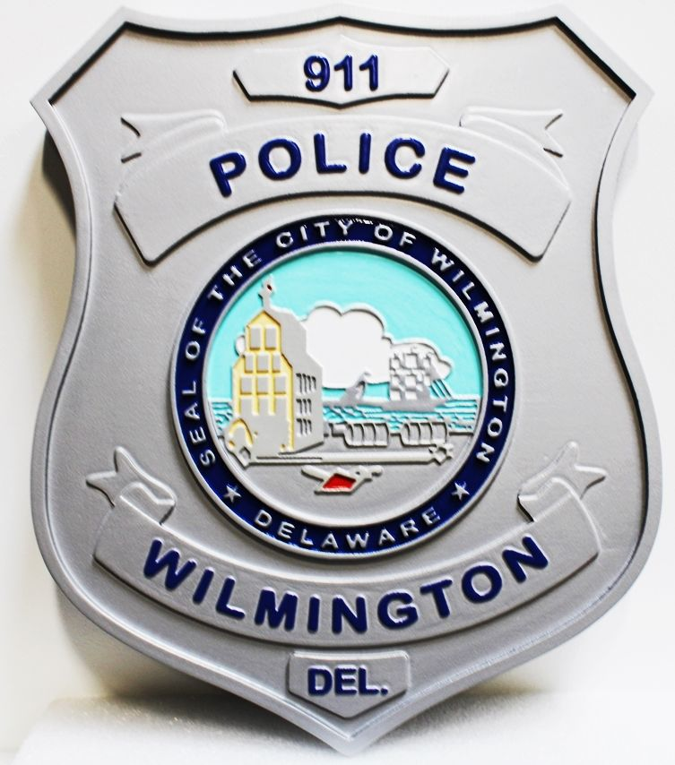 PP-1484 - Carved Plaque of the Badge of a Police Officer of Wilmington, Delaware, 2.5-D Artist-Painted
