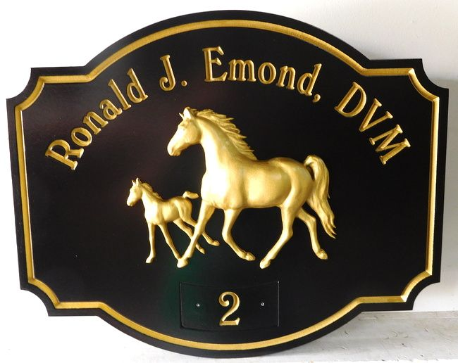P25033 - Carved HDU Sign for Doctor of Veterinary Medicine, Equine Veterinarian, with  3-D Carved, 24K Gold Leafed Mare and Colt