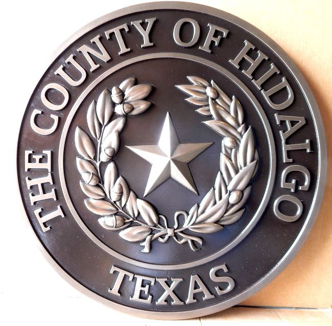 X33355 - Nickel-Silver-coated 3-D Carved Wall Plaque of the Seal of Hidalgo County, Texas, with Lone Star and Laurel Wreath