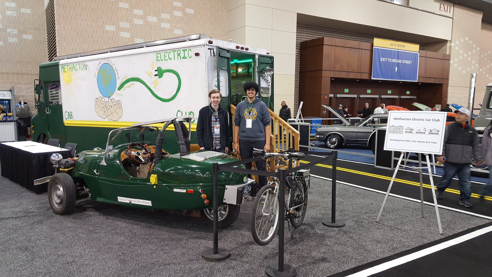 Methacton Electric Car Club Demonstrates at Philadelphia Auto Show