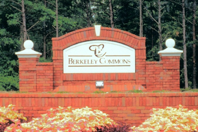 GA16413 - Monument Sign for Berkeley Commons Residential Community