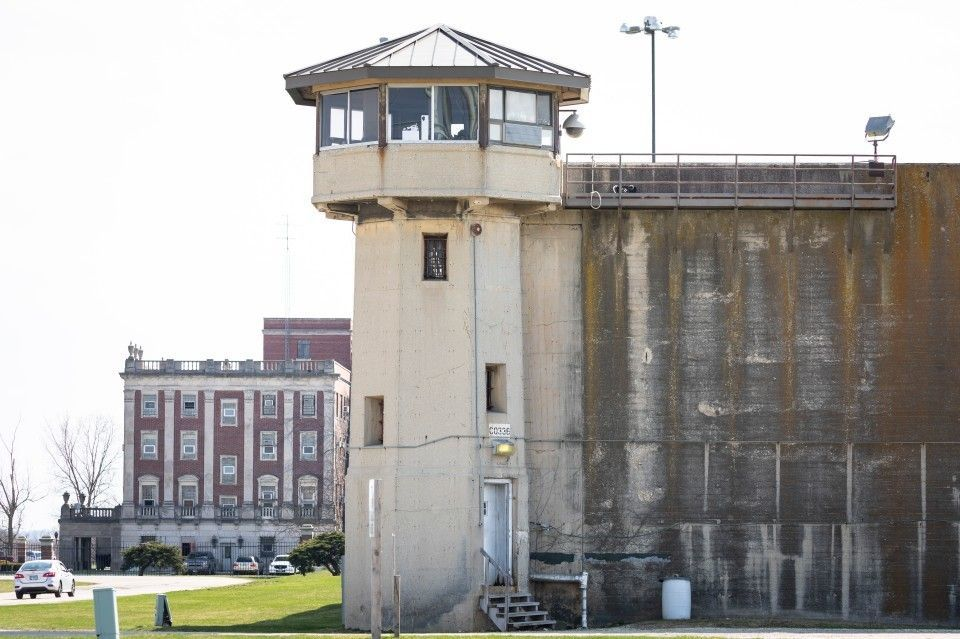 Illinois Prisons Are COVID-19 Hotspots. So Why Have Only 27% Of Workers Taken The Vaccine?