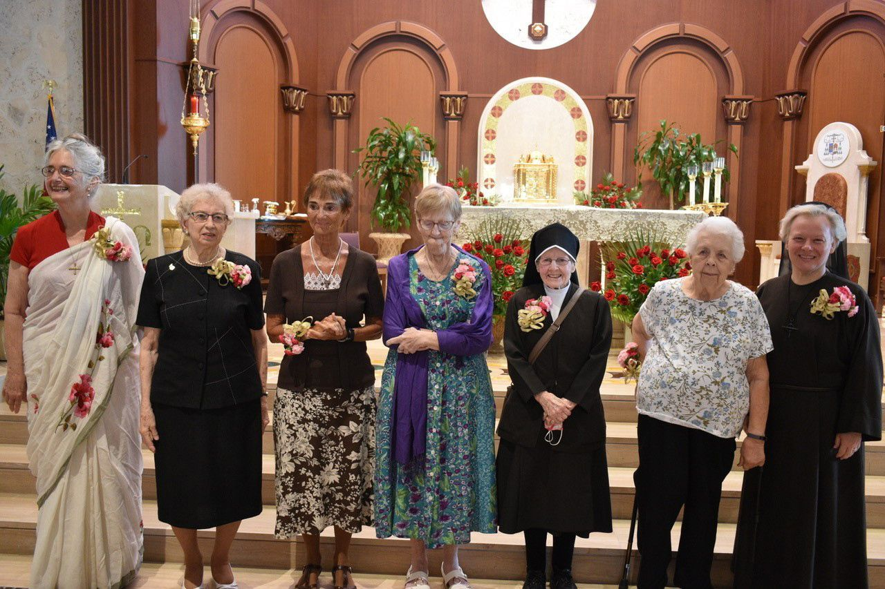 Religious renew vows and celebrate jubilees