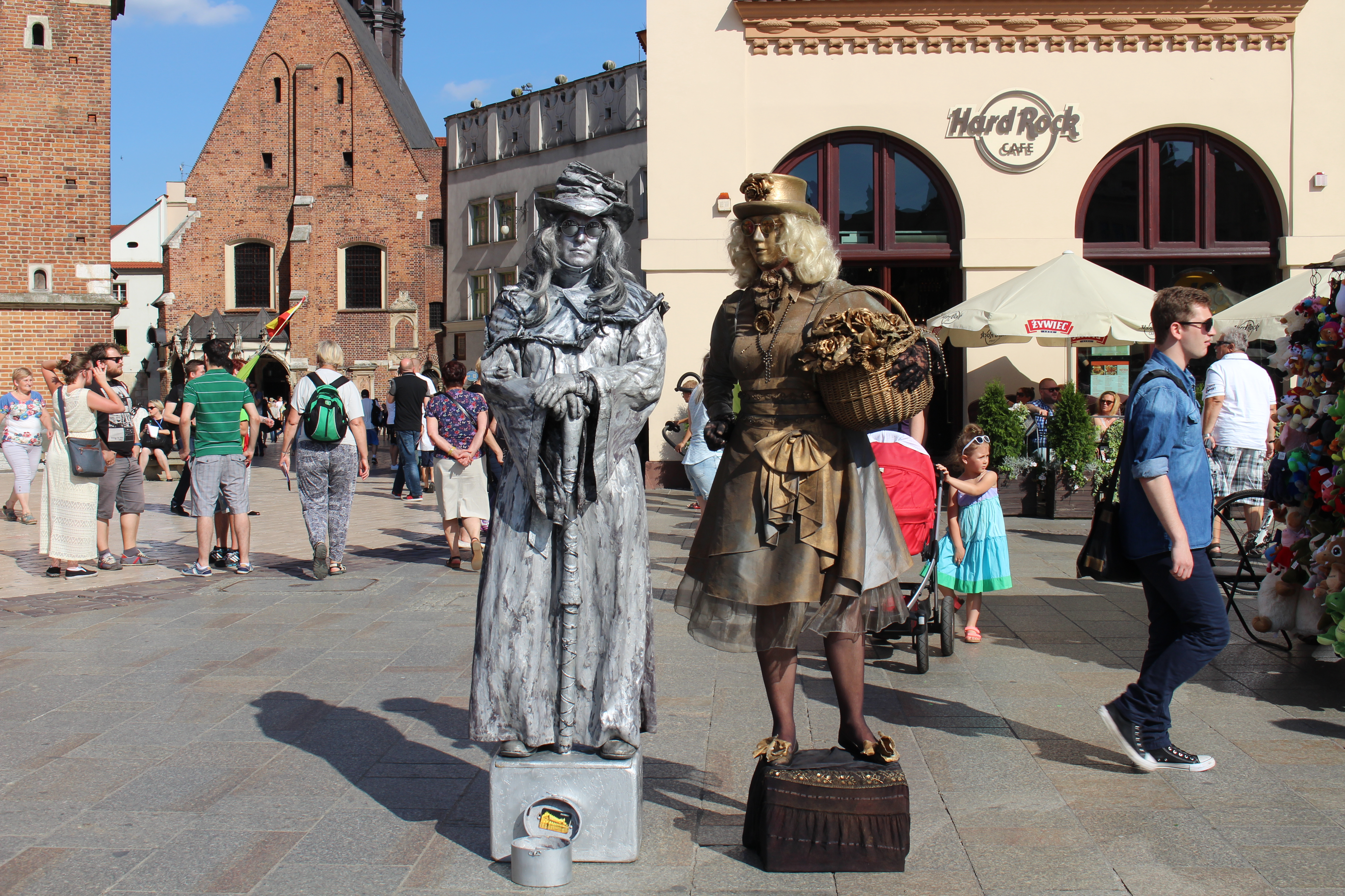 Living Statues on the Square in Kraków