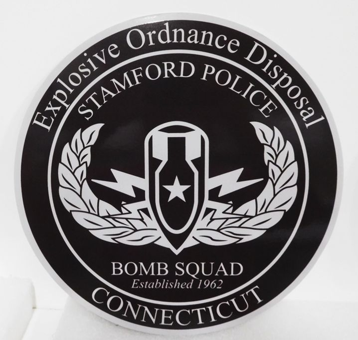 PP-3317 - Carved Plaque of the Seal of the Explosive Ordnance Disposal Team, Stamford Police, Connecticut, 2.5-D Artist-Painted