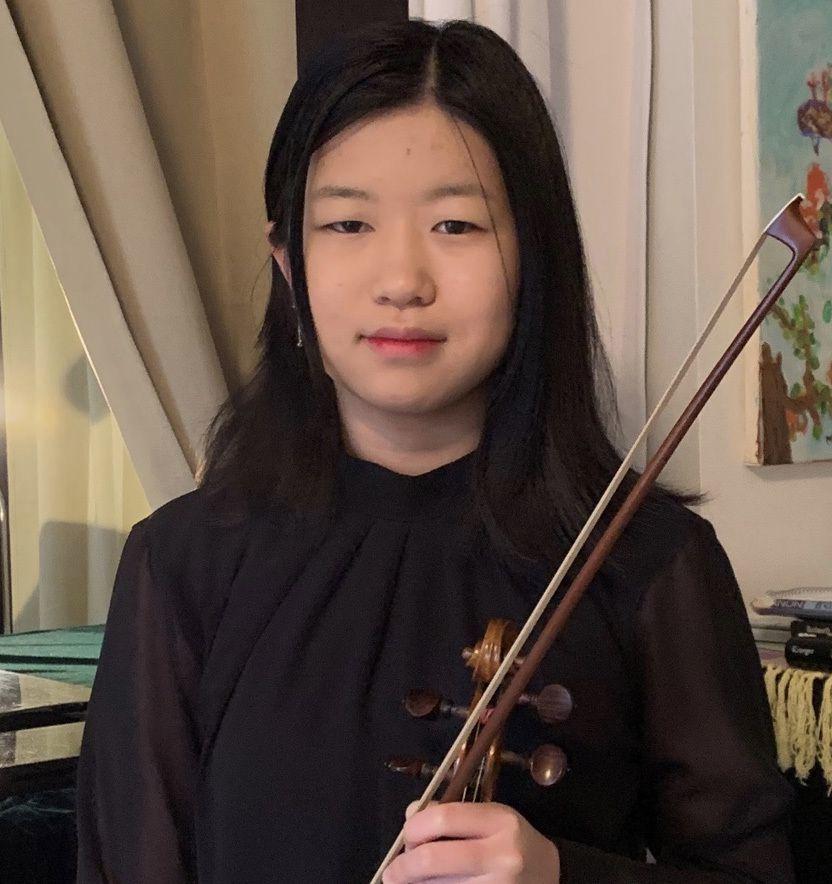 Rena Kim, violin