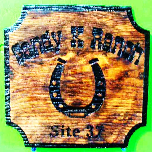 O24265 - Rustic Burned Wood Sign with Horseshoe