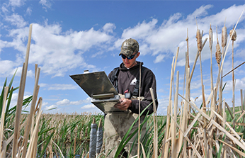 Delta Waterfowl 2015 Research Projects Include  Oil Impact Study, Hunter Recruitment Work