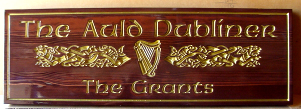 I18925 - Elegant Stained Cedar Irish Residence Name Sign with Celtic Symbols, Gilded with 24K Gold Leaf
