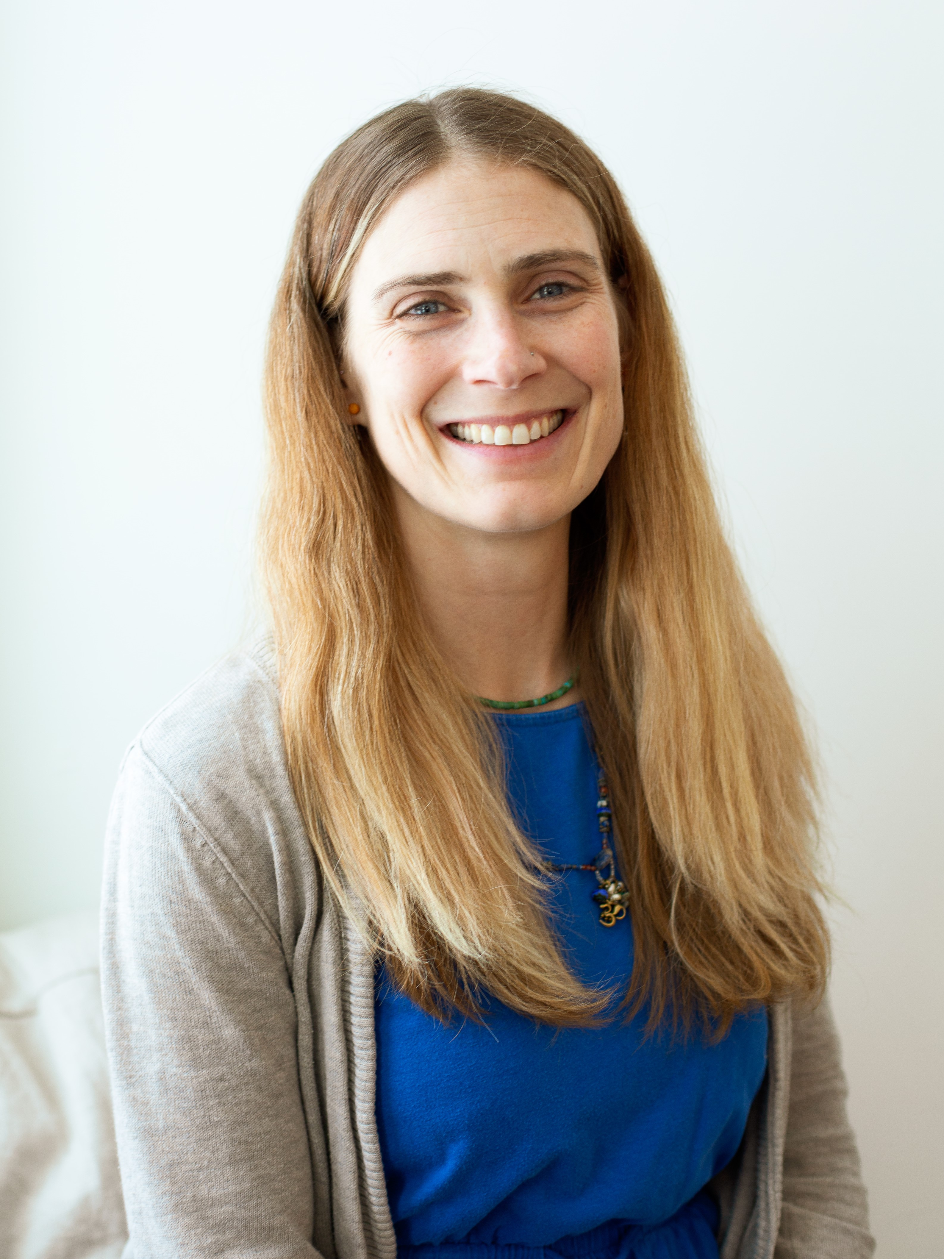 Elizabeth Chalen | Volunteer & Programs Coordinator