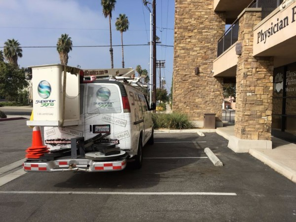 Building sign removals in Los Angeles County