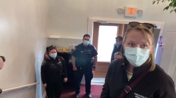 """Out! Out! You Nazis, Out! Gestapo is Not Allowed Here!"" – Pastor Throws Canadian Cops Out of Church House"