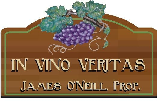 R27342 - In Vino Veritas Wooden Wine Plaque