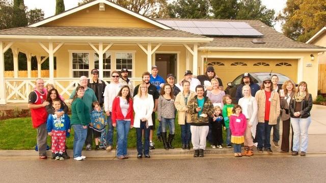 Atascadero Families Receive New Homes - KEYT