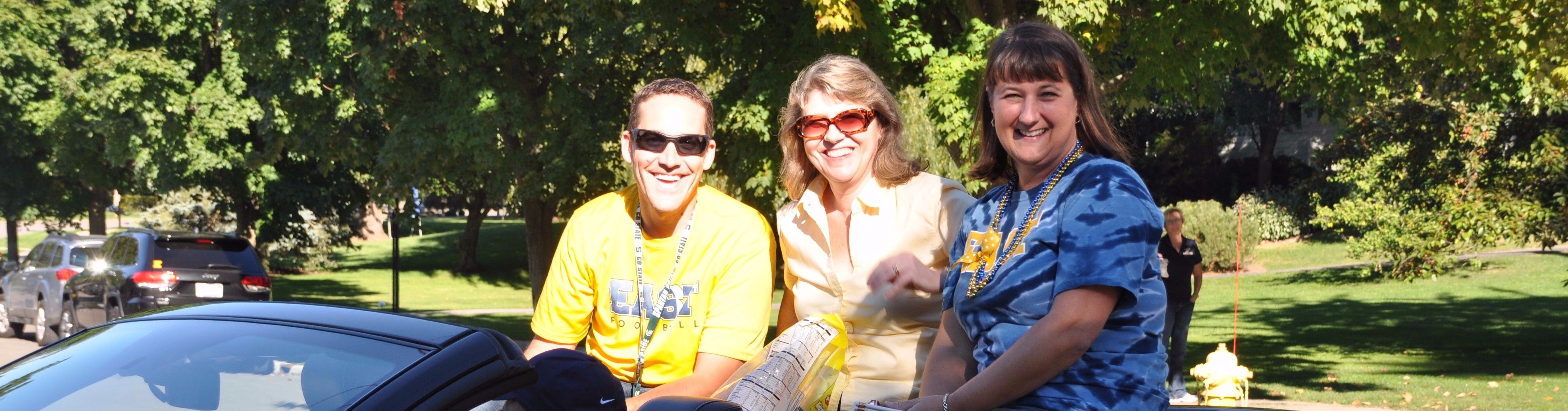 Teachers in homecoming parade