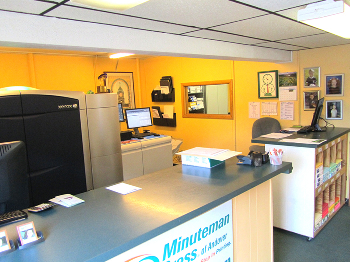 Pleasing Customer Service Area Introduction Minuteman Press Home Interior And Landscaping Ologienasavecom