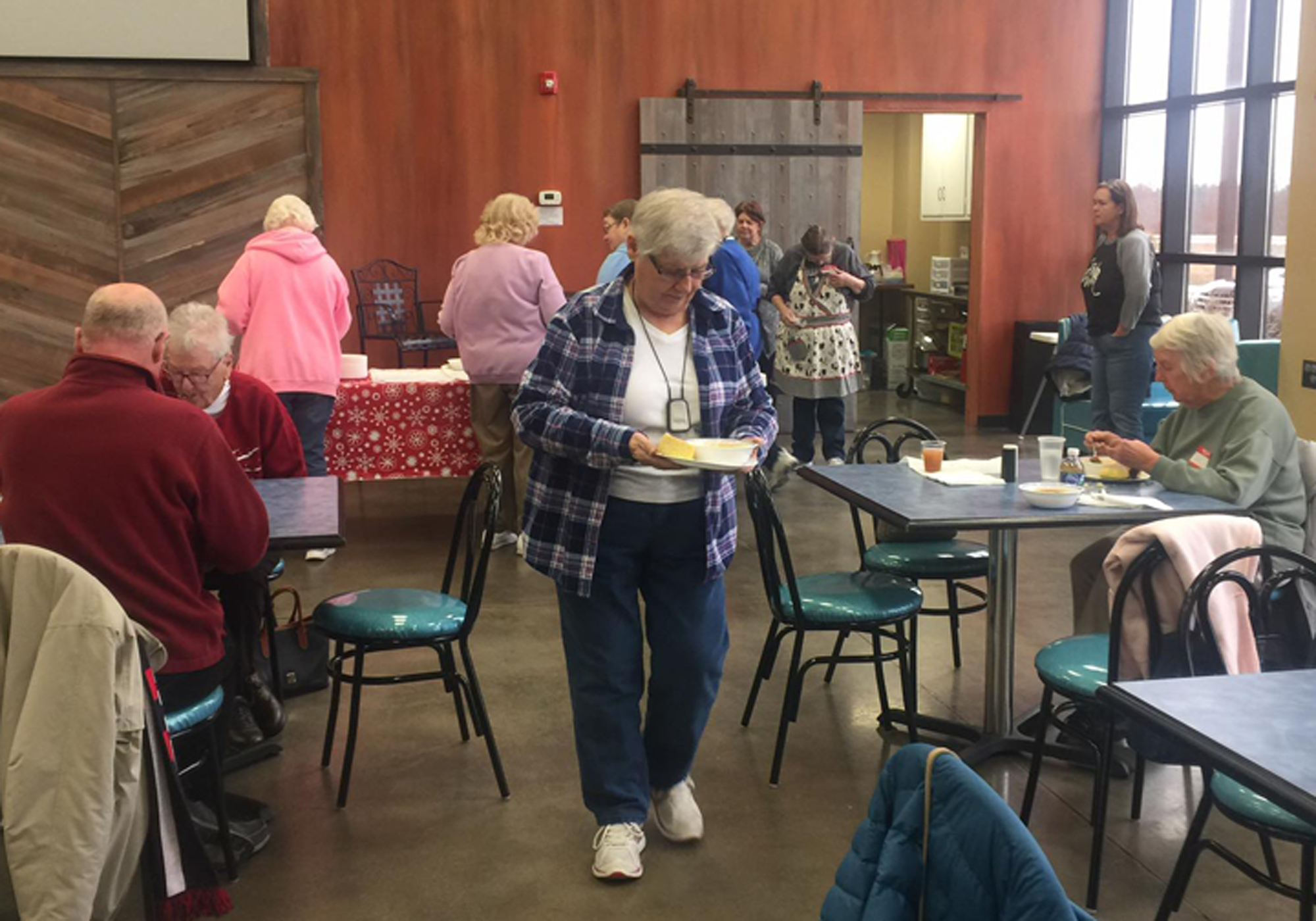 Community Foundation Awards $1,550 Grant to Brownsburg Older Adult Alliance