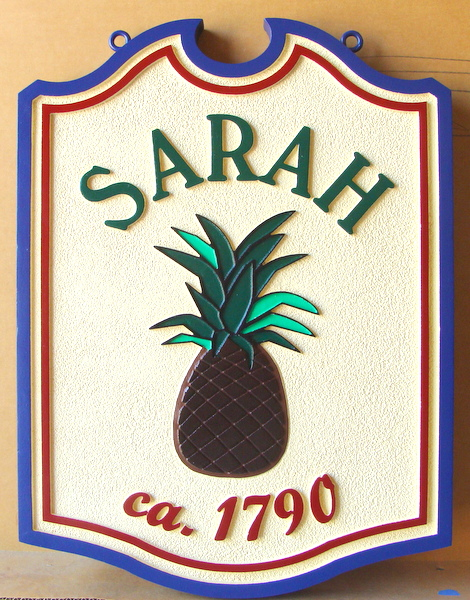 I18464 -  Property Name Sign with Carved Pineapple