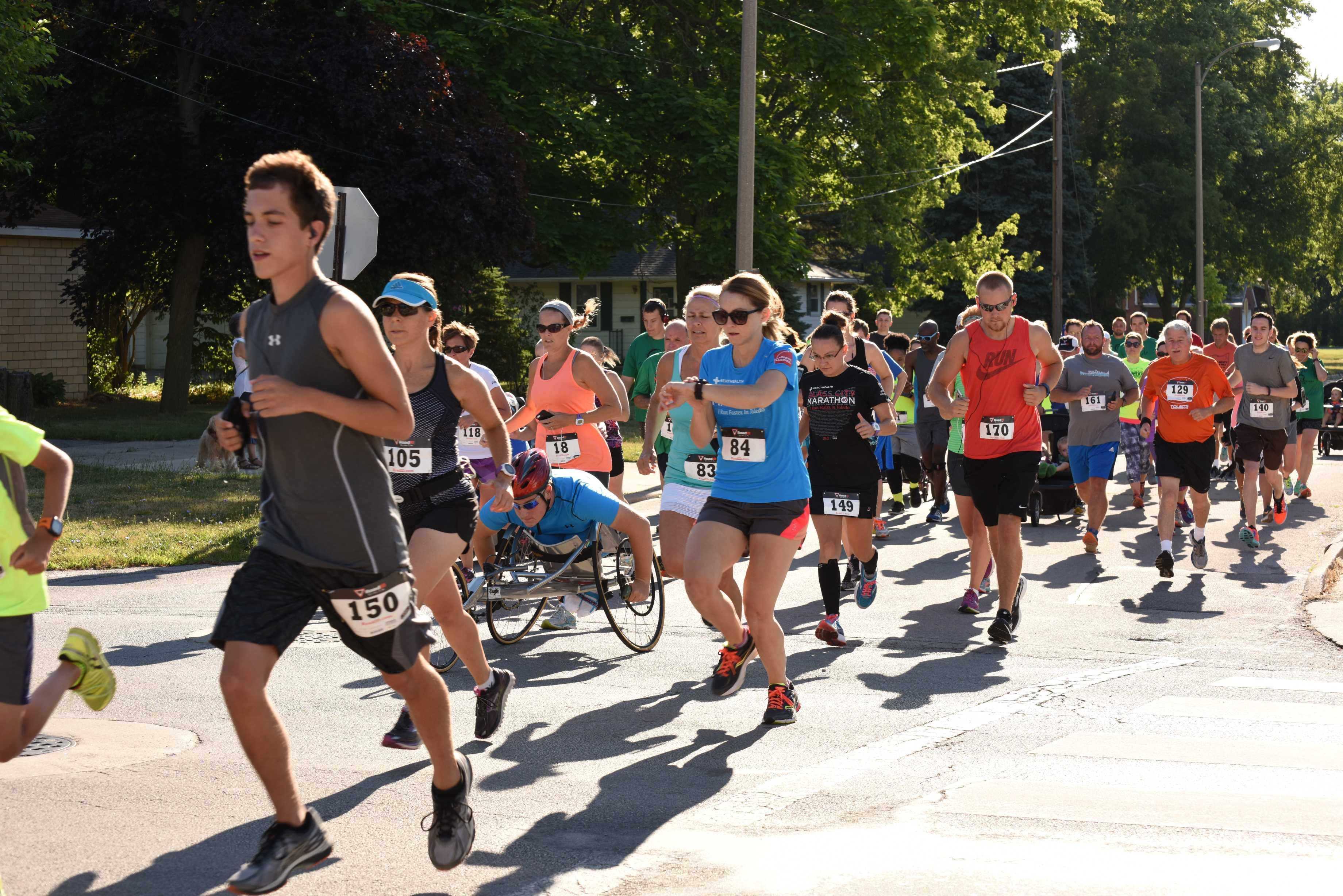 2016 Feet on the Street 5k Race