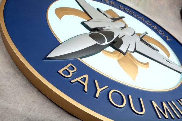 """LP-2500 - Carved Round Plaque of the Crest of the 122nd  Fighter Squadron """"Bayou Militia"""",  Artist Painted"""
