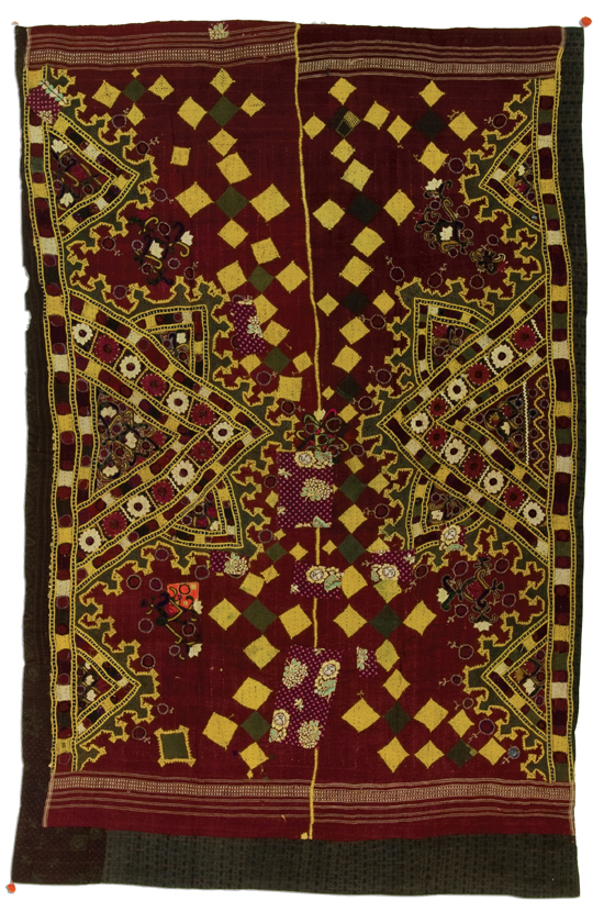Ralli quilt, probably made in Gujarat, India, circa 1970-1990, 77 x 50 in, IQSCM 2005.033.0021
