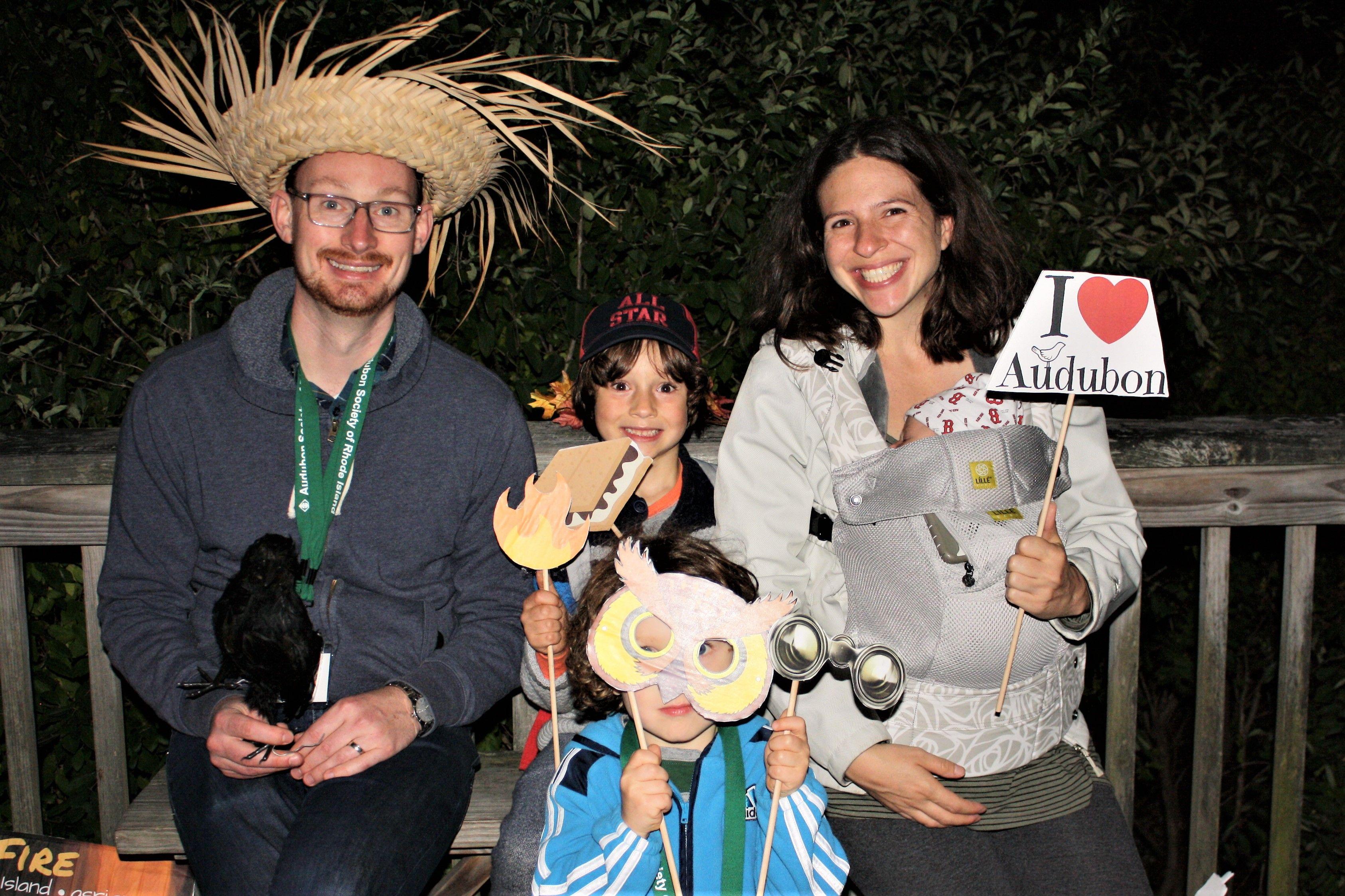 Zekiah, Anias & parents