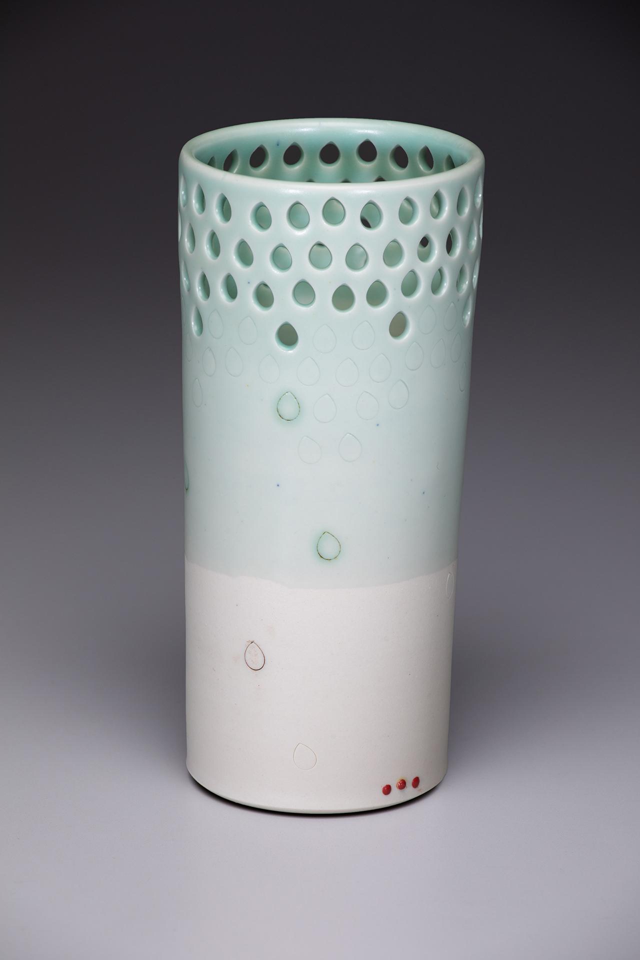 Vase Pierced teardrop