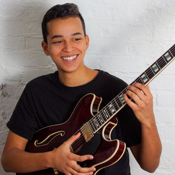 Satchel Peterson, guitar