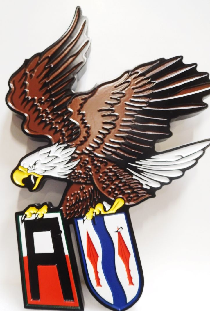 MP- 1505 - Carved Plaque of a Flying Eagle Insignia of a Unit of the US Army, 2.5-D , Artist-Painted