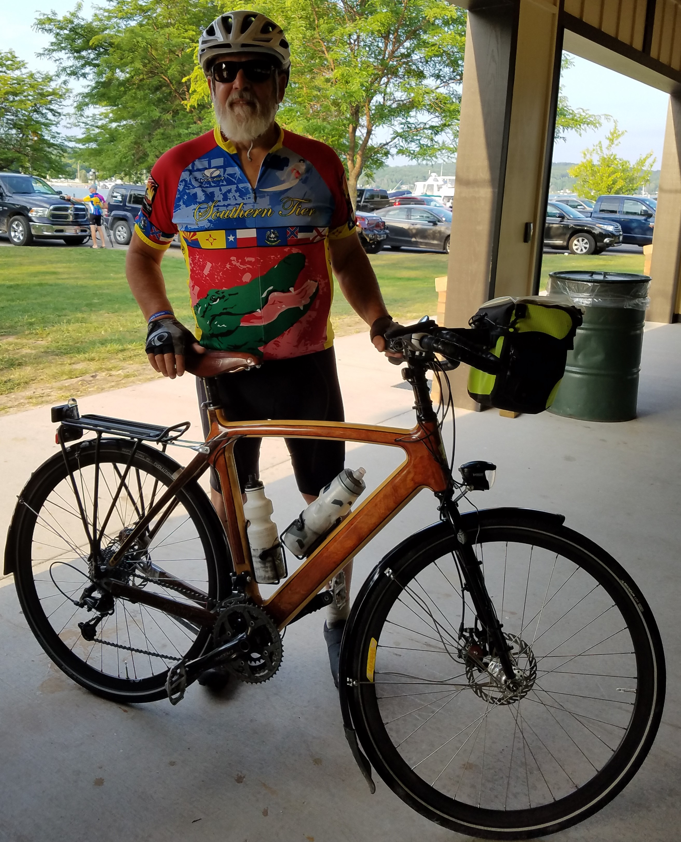 Raven Hill Bike Event: Pedal, Pint and Pig