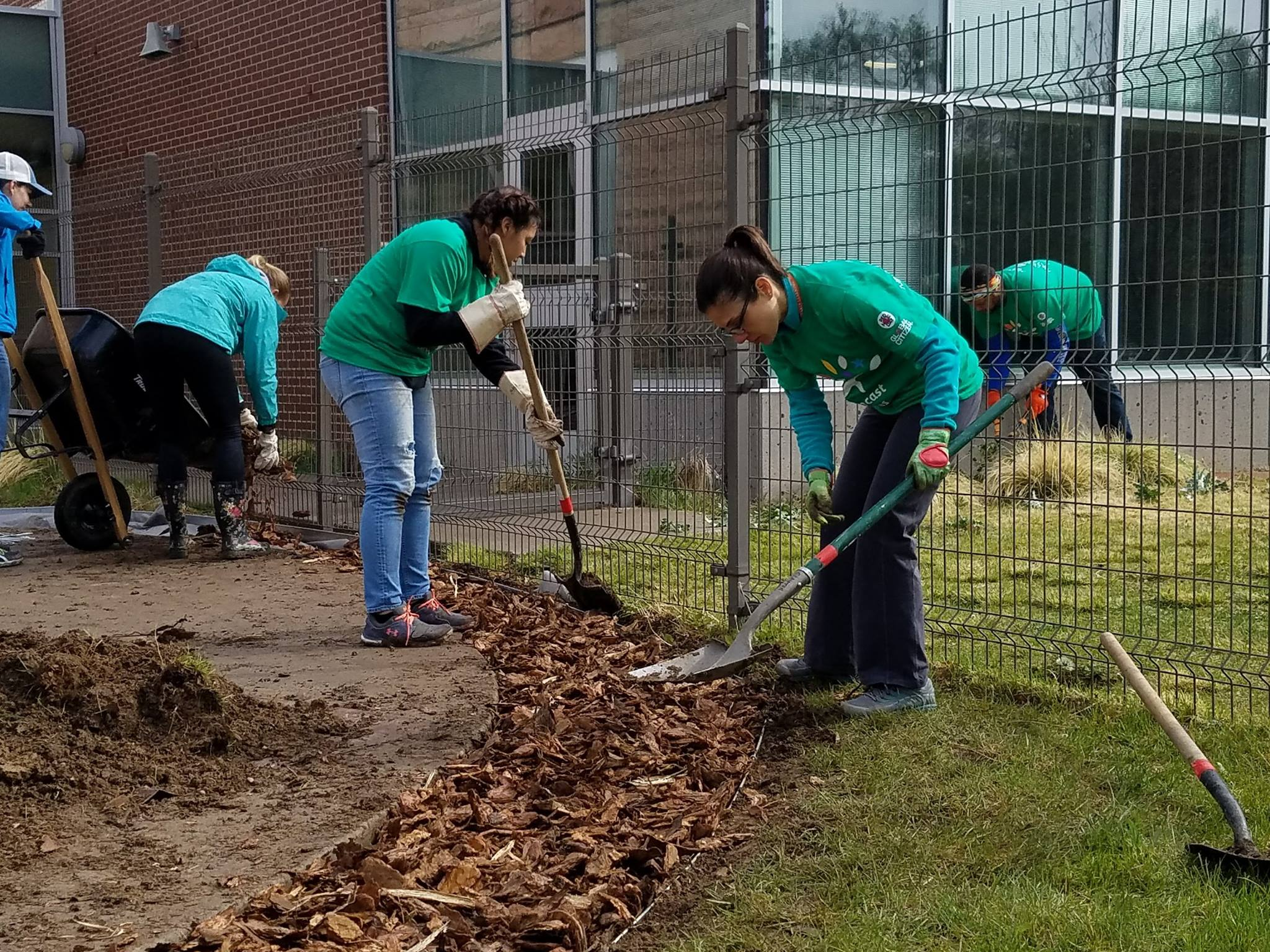 Comcast Cares Day at Clayton 2017