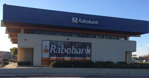 Window Wrap: Rabobank Mooney Office