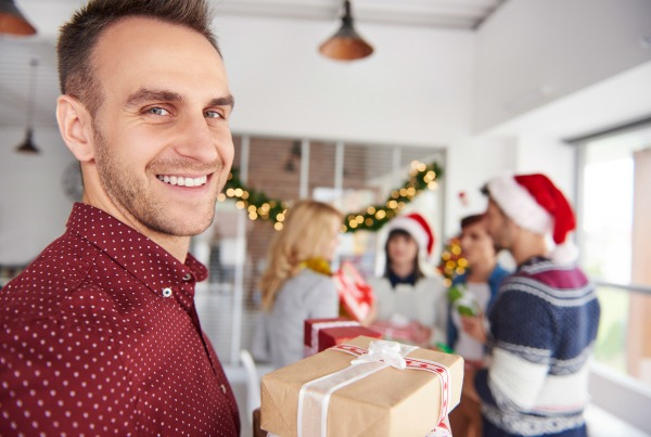 The Health Benefits of Holiday Giving