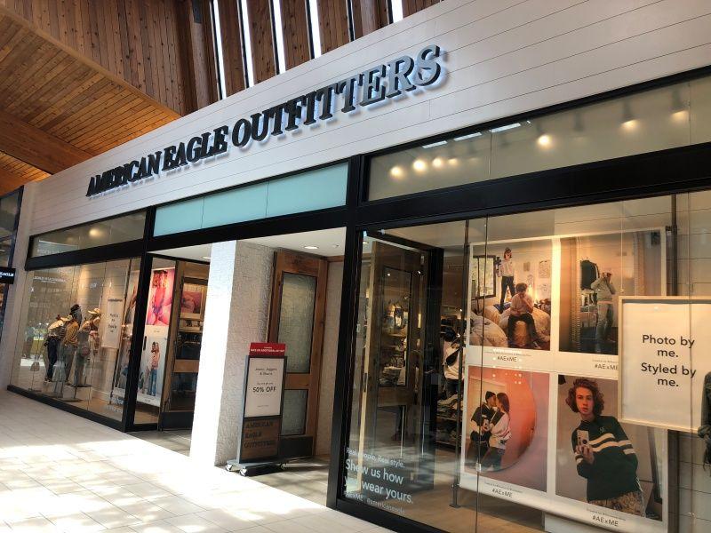 Illuminated Storefront Signs - Sign Partners Boca Raton