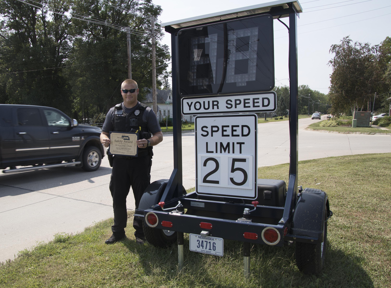 Neligh's new speed alert sign