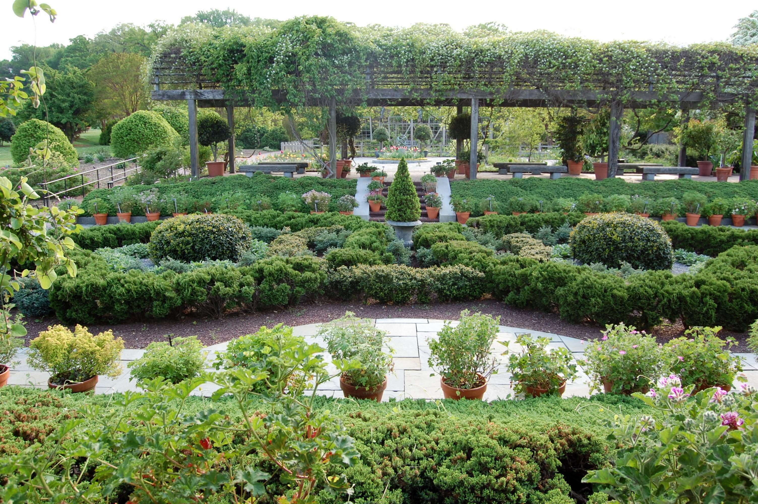 Good National Herb Garden