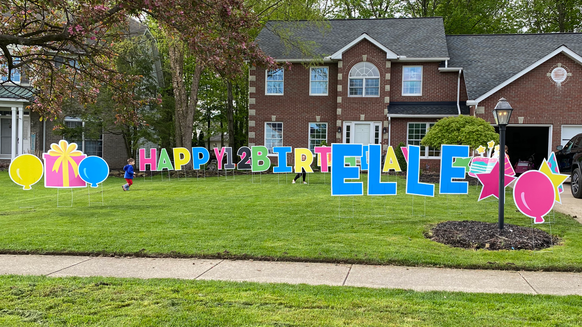 Happy Birthday Yard Sign Display