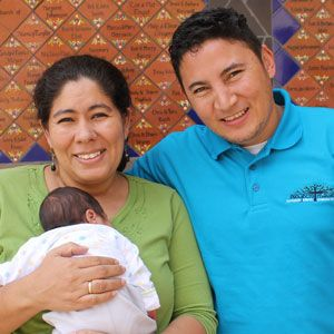 Marlon and Nohemi Castellanos – Coordinador Legal, Maestra