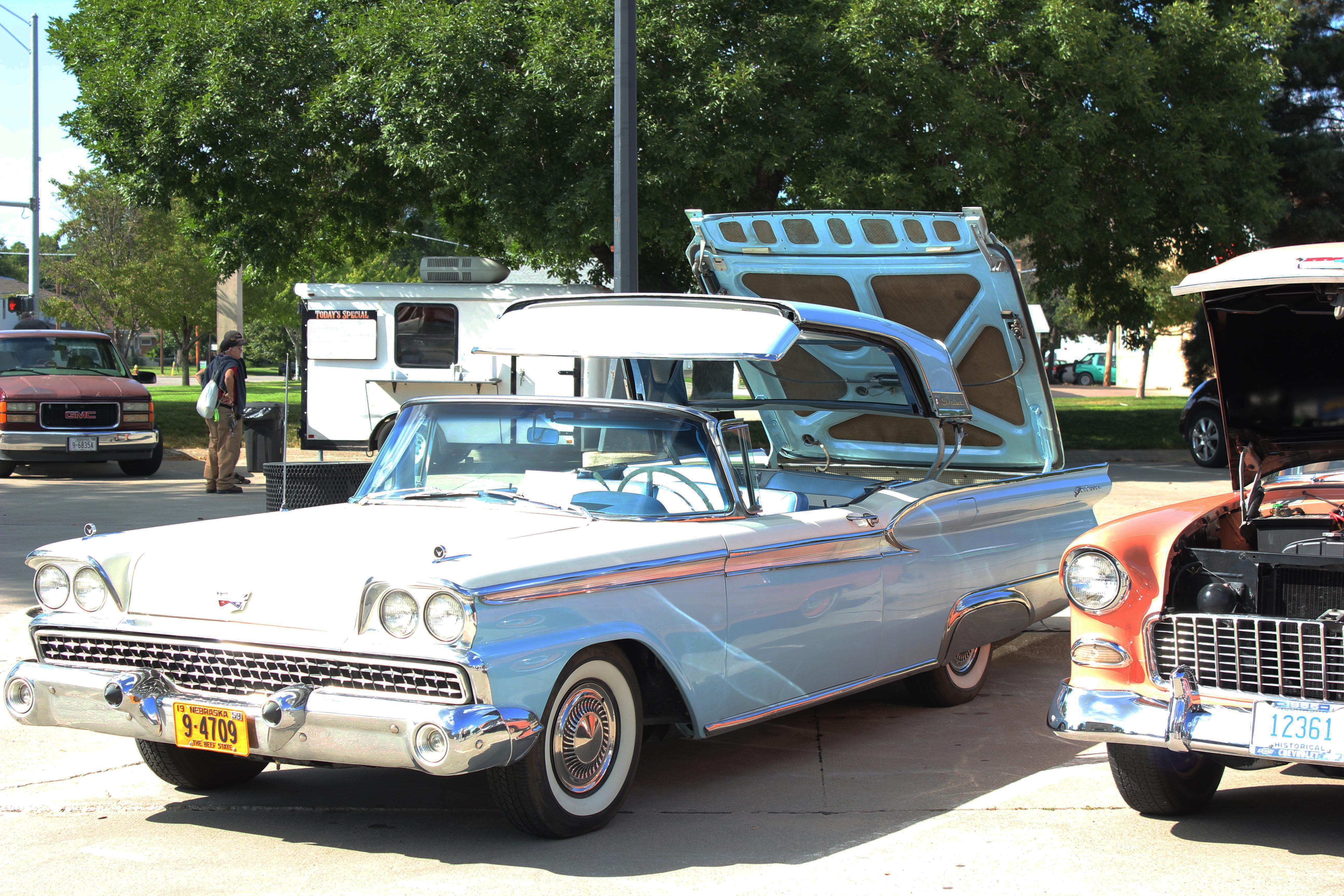 Community 50s car show & food truck