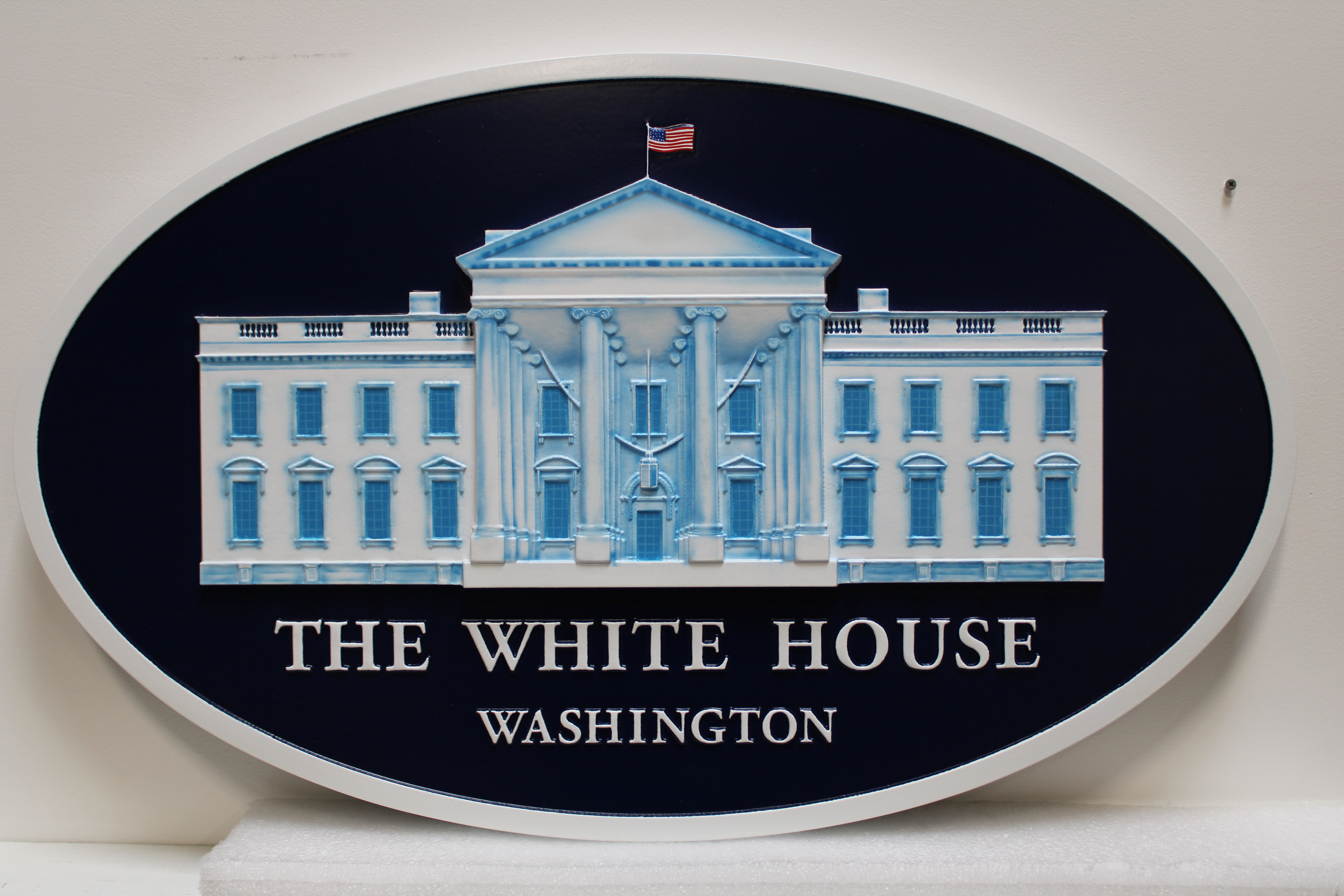 AP-1180-  Carved Plaque of the Seal of the White House, 3-D Artist Painted