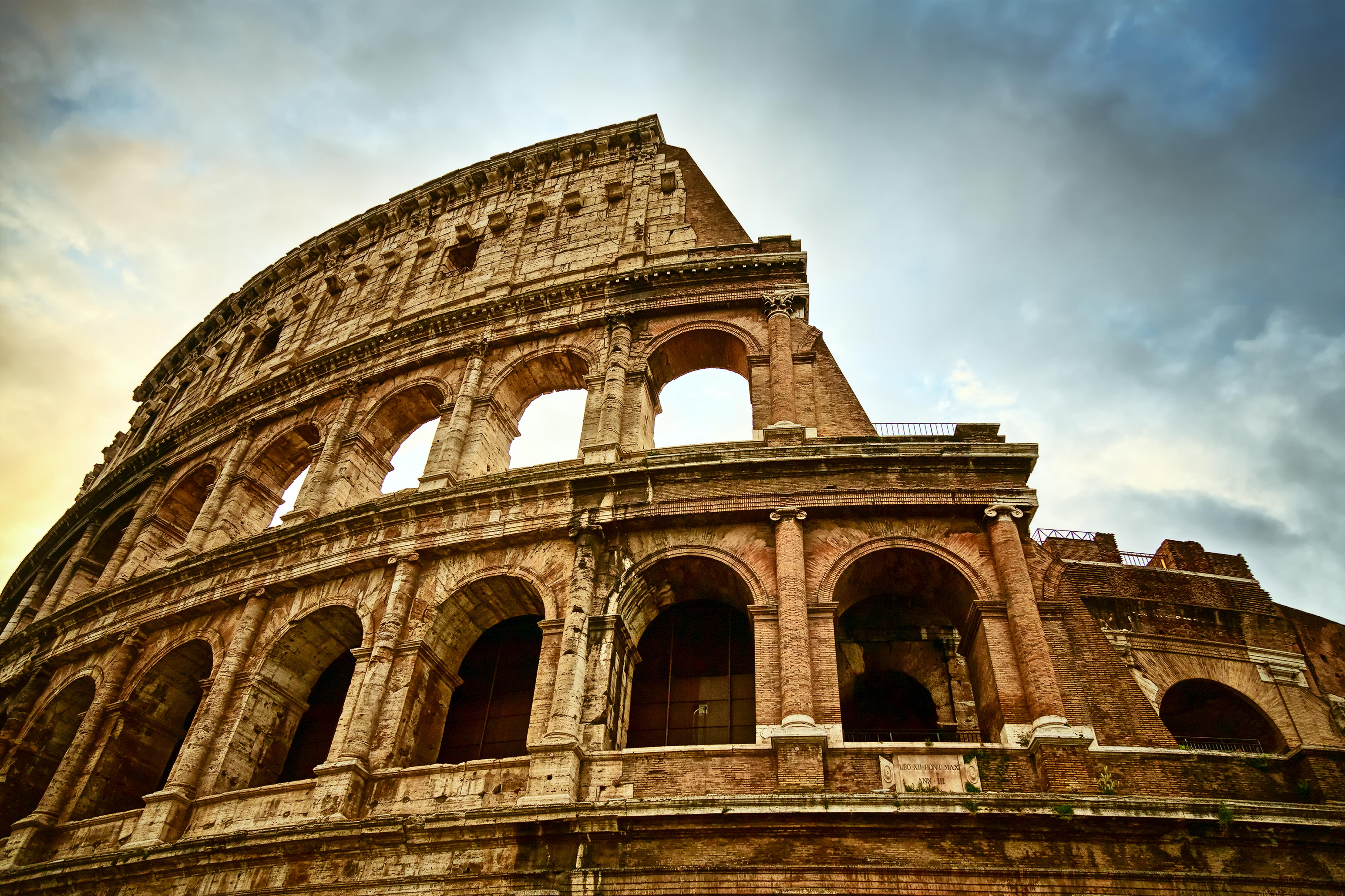 landmark photographs colosseum rome