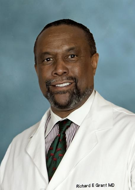 DR. RICHARD E. GRANT '76 RECEIVES AAOS 2017 DIVERSITY AWARD