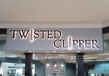 Twisted Clipper