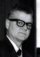 Hjelle, Walter R.