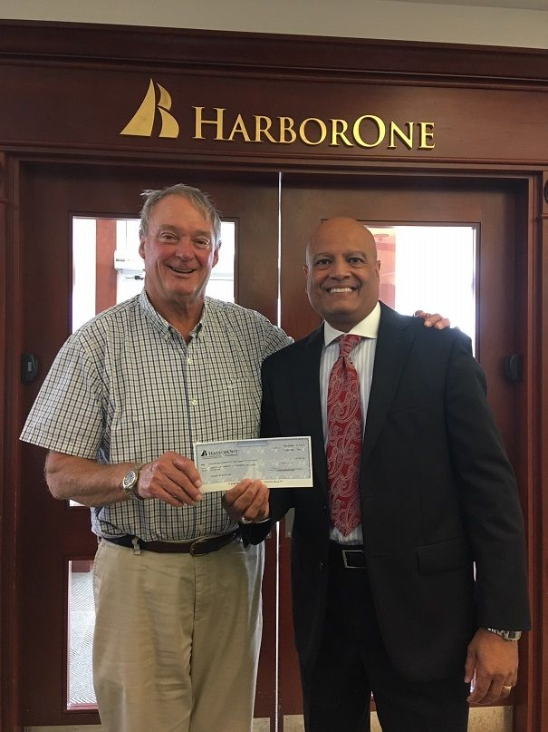 Harbor One Bank Supports Veterans Build