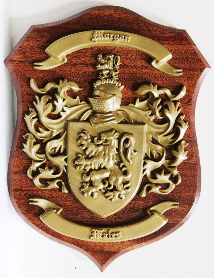 M7162 - Custom 3D Carved  PolishedBrass Family Coat-if-arms Mounted on a Mahogany Wood Shield Plaque
