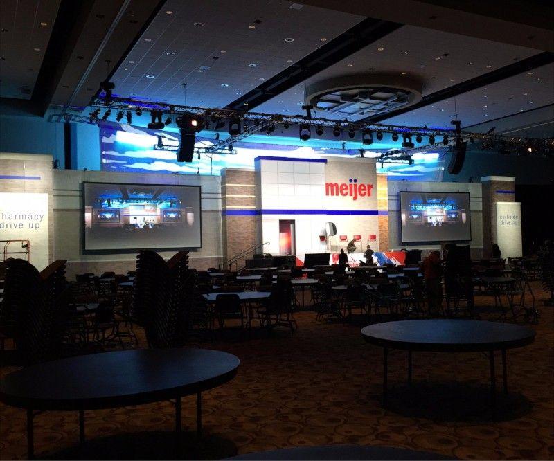 Convention & Trade Show 1
